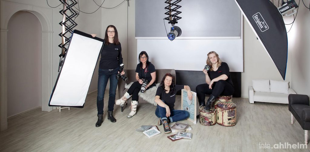 Fotostudio Ahlhelm Team im Studio