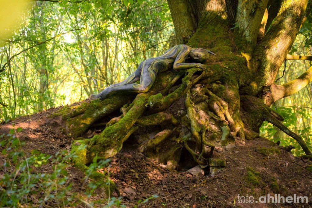 Fotostudio Ahlhelm Bodypainting Wald 1